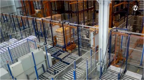 Mecalux transfome un entrepôt standard en un espace de stockage semi-automatique optimisé